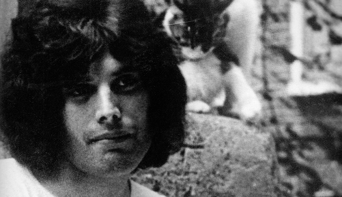 W nowym dokumencie zaprezentowane nieznane nagranie Freddiego z czasów studiów